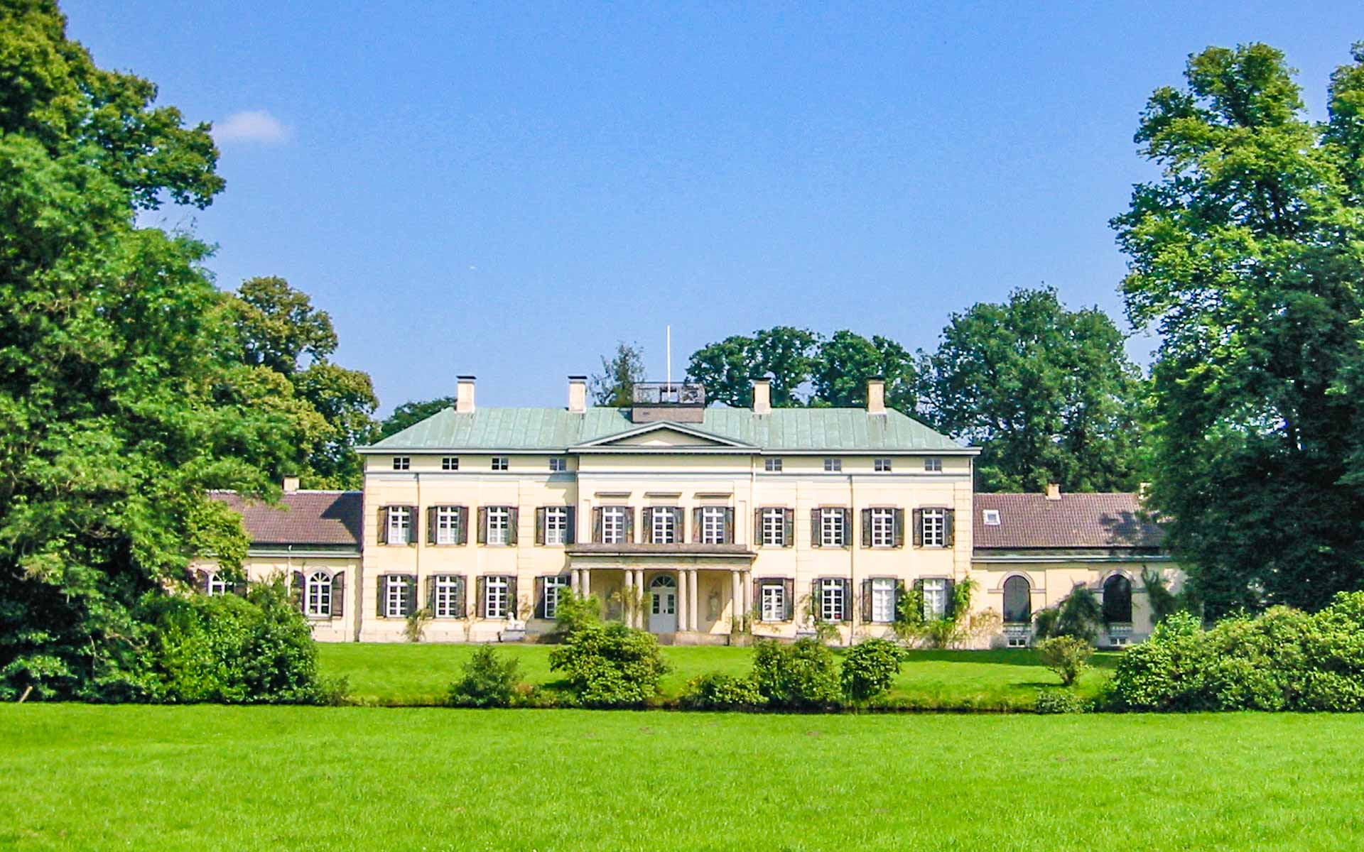Fisbeck Ferienwohnungen Rastede Schloss Rastede