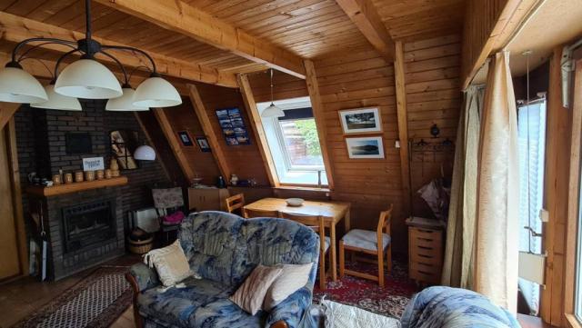 Conneforde: Wohnzimmer mit Kamin